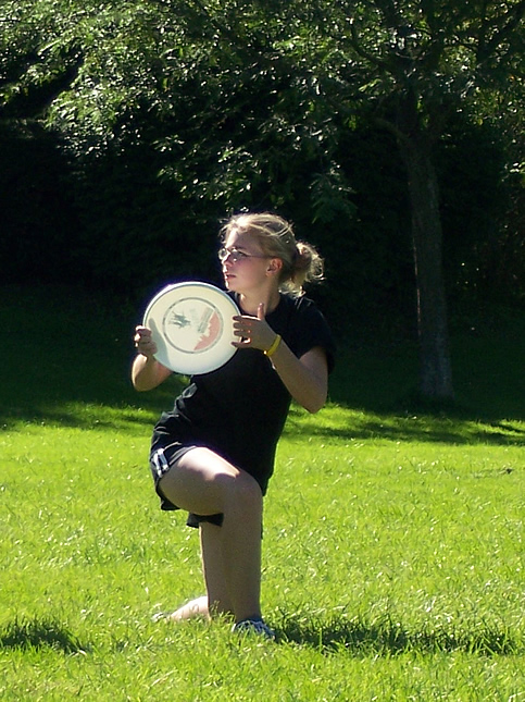 Kelsey playing Ultimate Frisbee